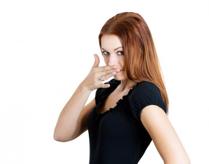 Vì sao nên sử dụng xịt thơm miệng?