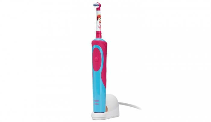 Một số lưu ý khi sử dụng bàn chải đánh răng điện cho bé