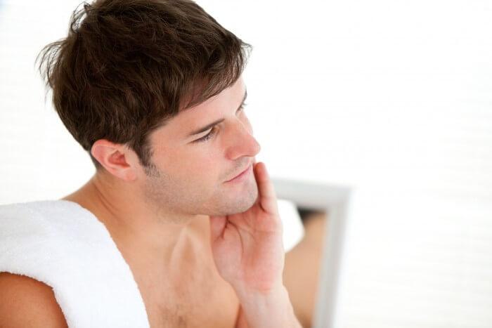 Chăm sóc da mặt sau khi sử dụng dao cạo râu