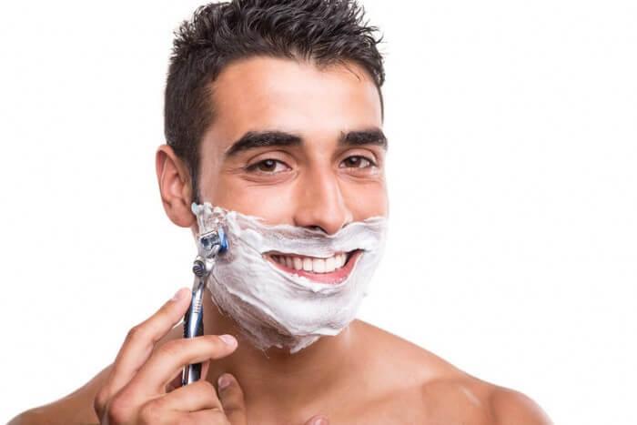 Vì sao bạn nên cạo râu đúng cách ?