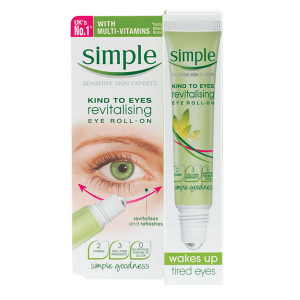 lan duong mat simple kind to eyes revitalising eye roll on 15ml 300x300 - Lăn dưỡng mắt Simple Kind To Eyes Revitalising Eye Roll-On 15ml