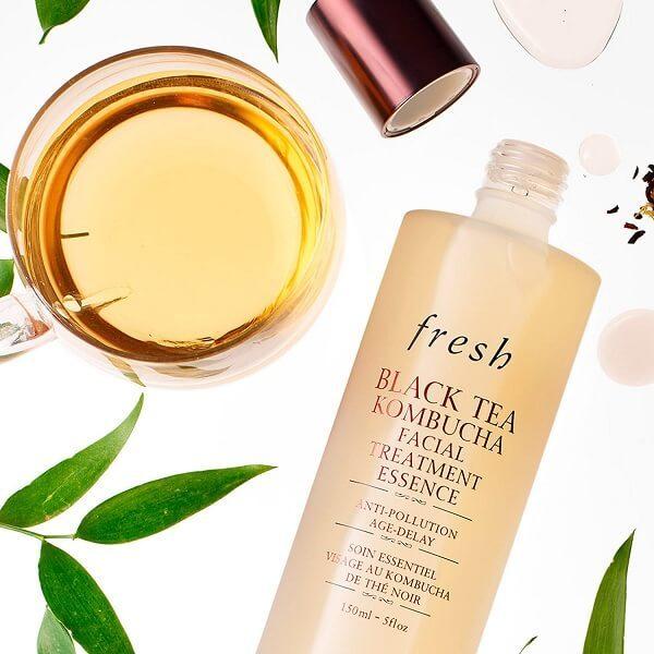 nuoc than fresh black tea kombucha facial treatment essence 150ml 3 600x600 - Nước thần Fresh Black Tea Kombucha Facial Treatment Essence 150ml