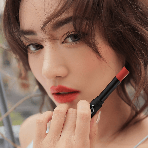 son 3ce slim velvet lip color fluffy red do dat 3 600x600 - Son 3CE Slim Velvet Lip Color Fluffy Red ( Đỏ Đất )