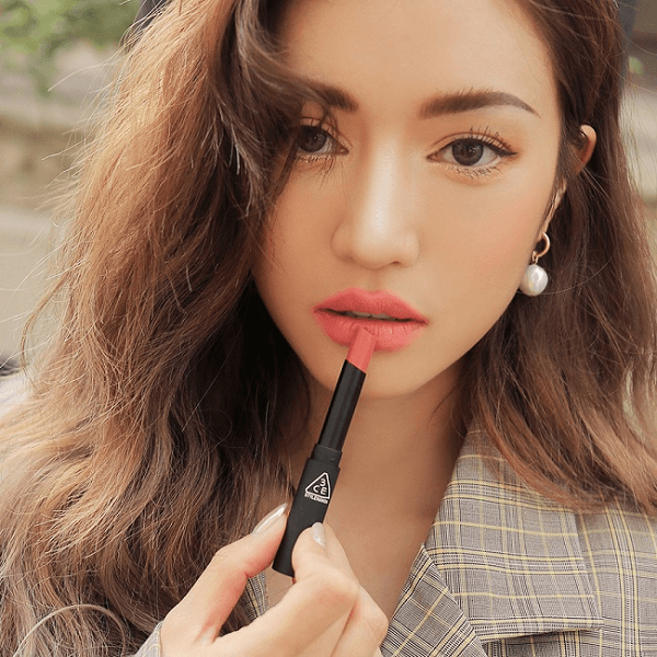 son 3ce slim velvet lip color mellow peach cam dao 3 600x600 - Son 3CE Slim Velvet Lip Color Mellow Peach ( Cam Đào )