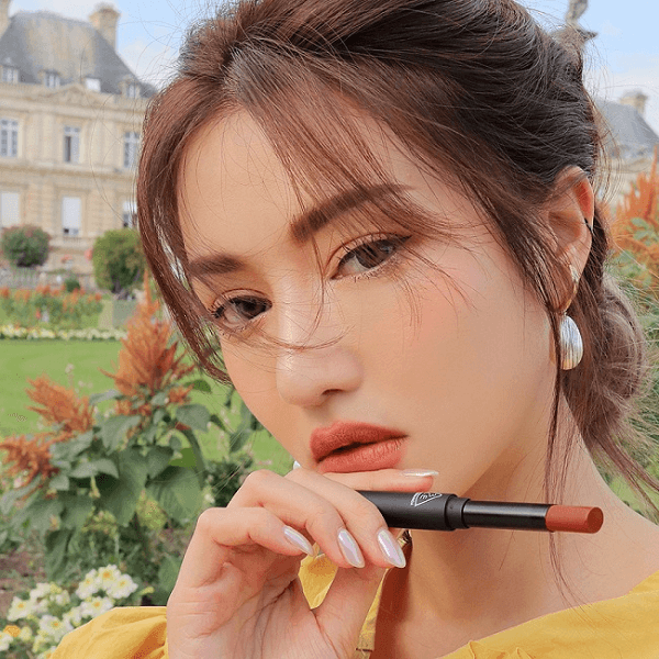 son 3ce slim velvet lip color simple stay cam nude pha dat 3 600x600 - Son 3CE Slim Velvet Lip Color Simple Stay ( Cam Nude Pha Đất )